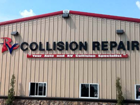 The only facility in the ARK-LA-TEX area that offers complete service for RV and AUTO collision repair